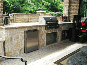 Outdoor kitchen or grill, custom outdoor kitchen or grill masonry work, frisco masonry company, allen masonry company, mckinney masonry company